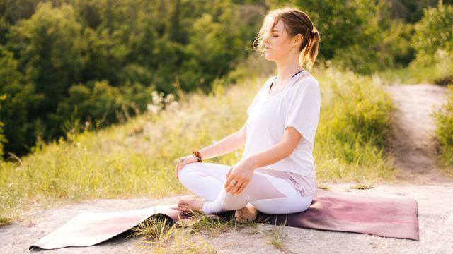 簡単リラックスできるプチ瞑想方法とは