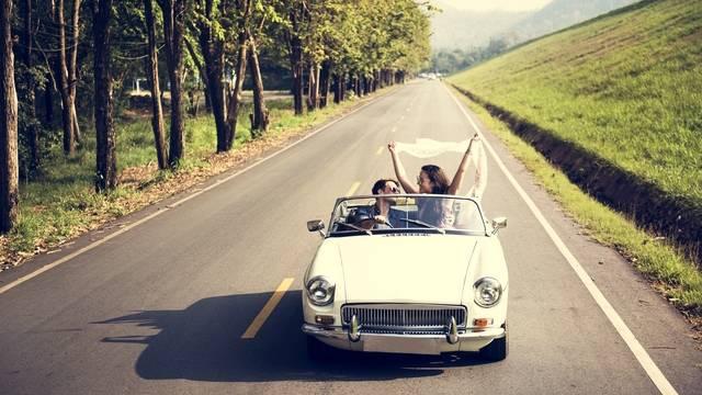 夢占い ドライブ