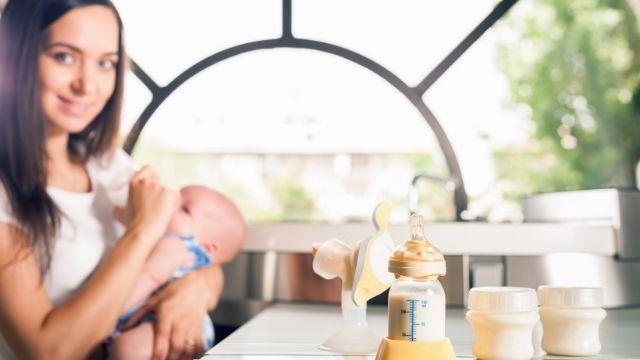 夢占い 母乳