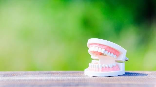 夢占い 入れ歯