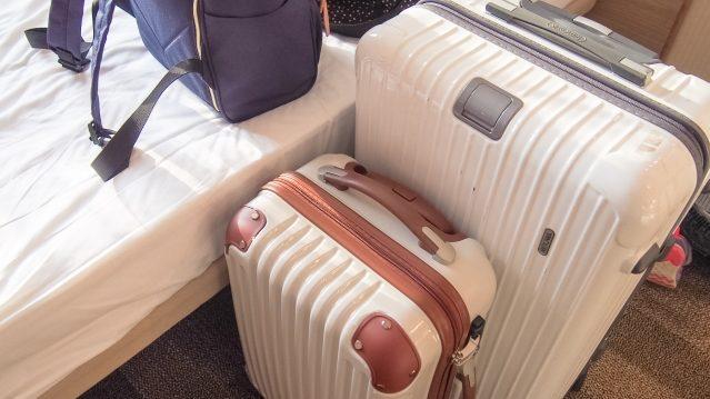夢占い スーツケース