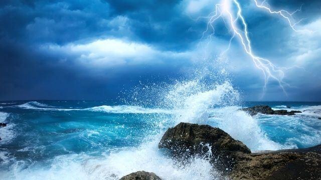 夢占い 嵐