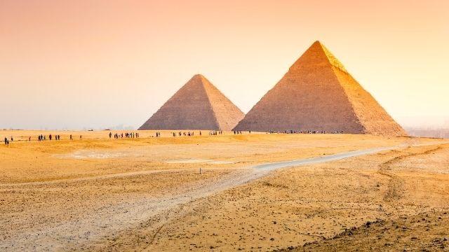 夢占い ピラミッド