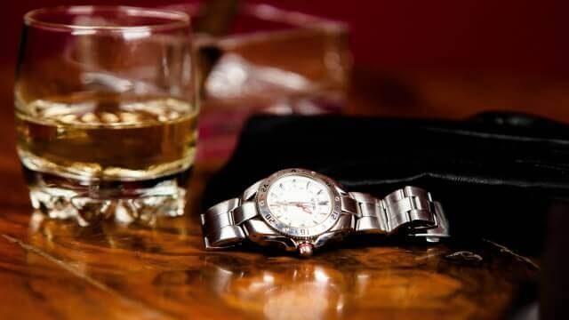夢占い 腕時計